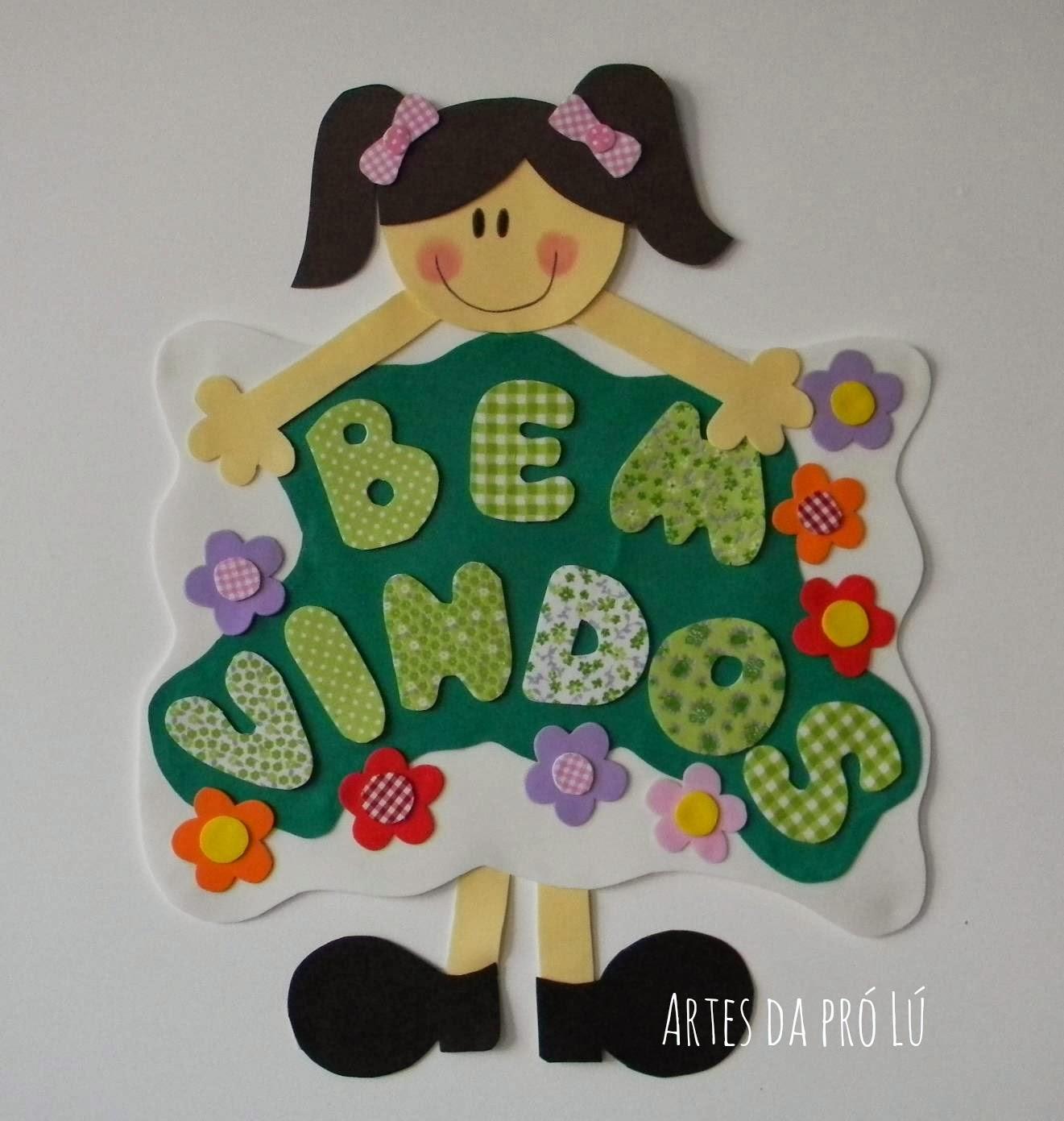 Cartaz de boas vindas em EVA – Menina em pé