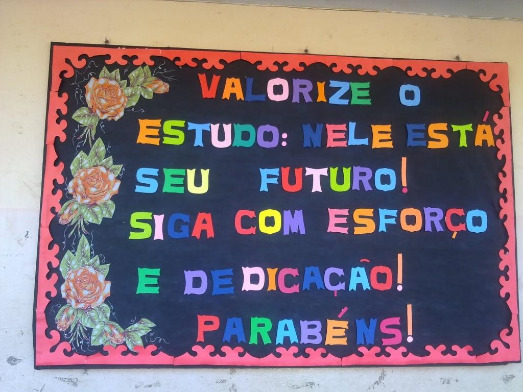 Mural dia da escola