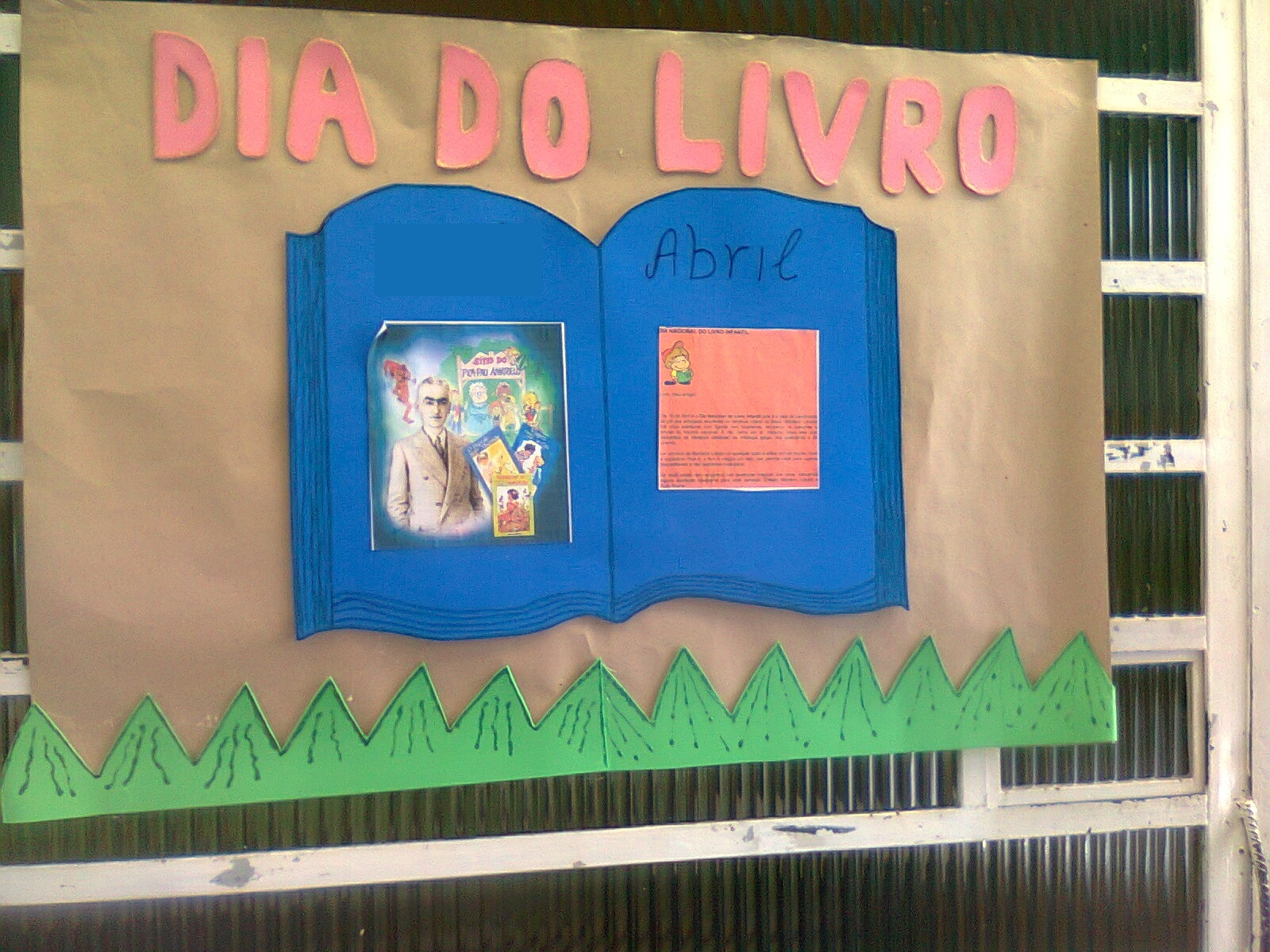 Atividades para o Dia do Livro: Murais e Painéis