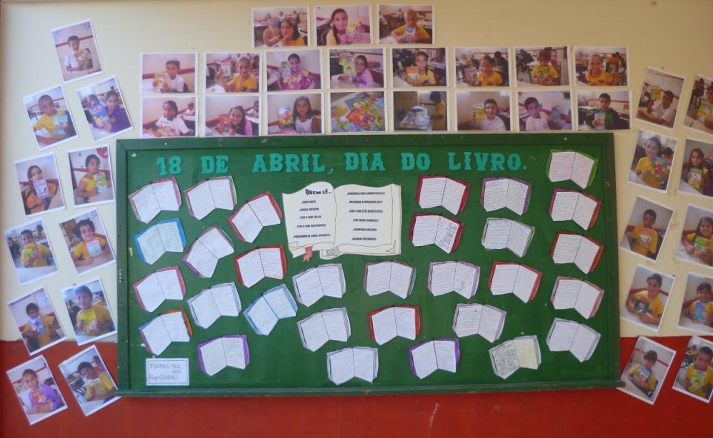 Painel Dia do Livro Infantil em EVA