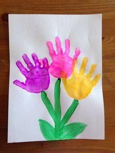 Lembrancinhas Dia das Mães com pintura de mãos e pés