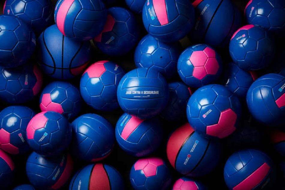 Brincadeiras com bola para todas as ocasiões