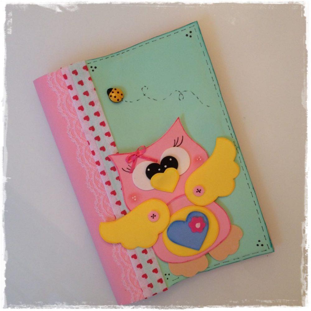 Caderno em EVA com moldes de Corujas